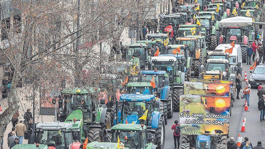 Los tractores se echan a la calle