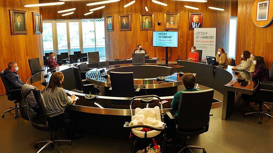 La Escola de Familias de Lalín abre el viernes su programación