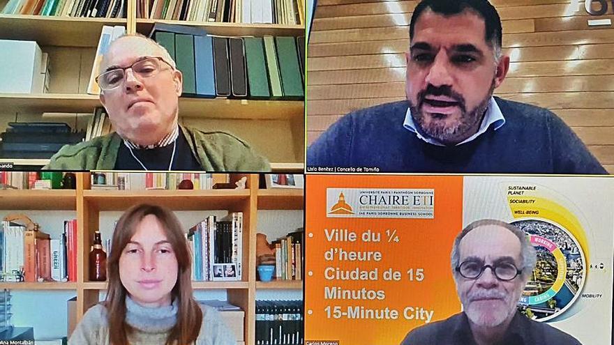 """El asesor de la alcaldesa de París Carlos Moreno participa en la """"Facultade Ágora"""""""