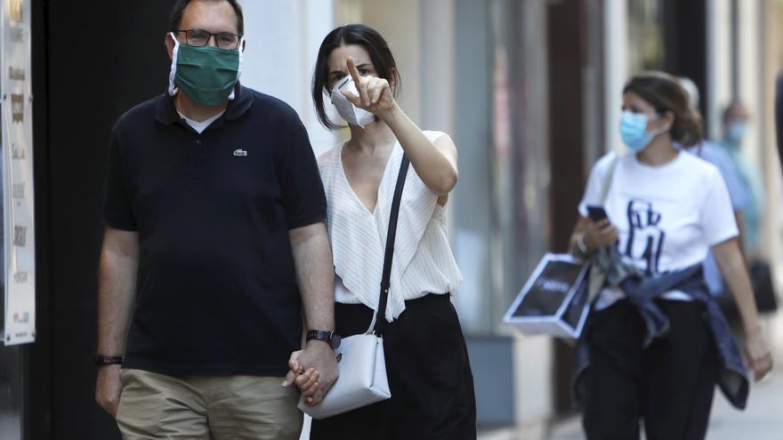 La mascarilla seguirá siendo obligatoria en la calle pero no en la playa y el campo en Castellón
