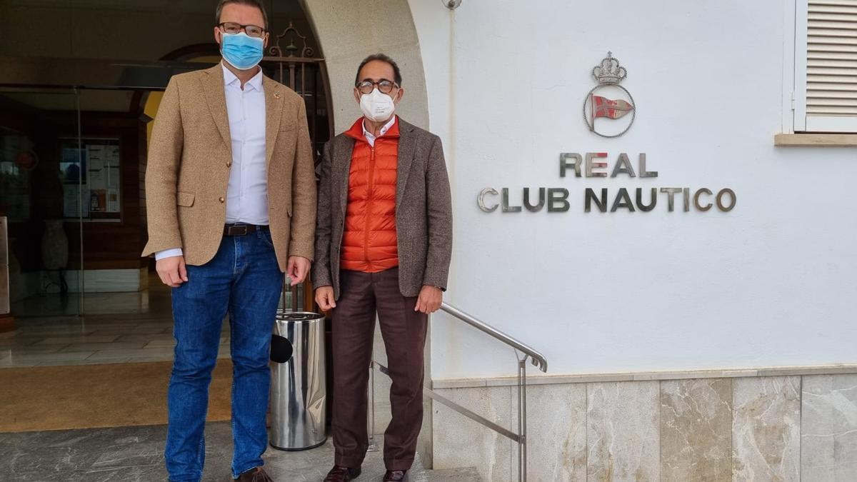 El alcalde de Palma, José Hila, y el presidente del Real Club Náutico de Palma, Emérico Fuster