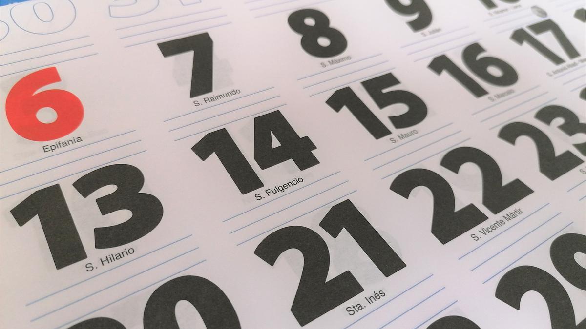 Calendario, almanaque, días festivos