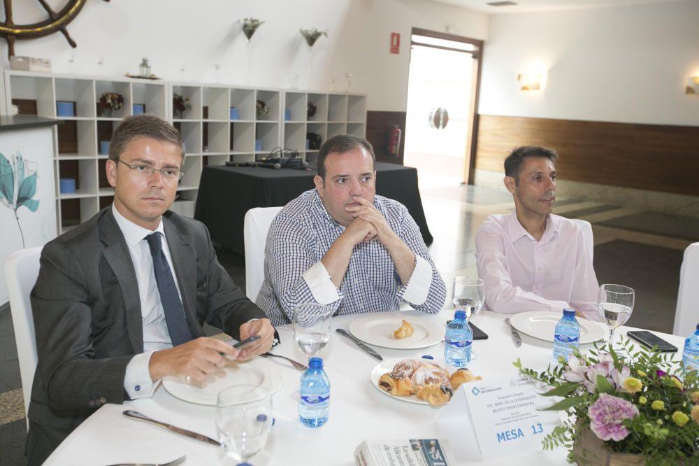 De izquierda a derecha, Julio Balibrea (BBVA), Francisco J. Ruiz y David Martos (Cajamar).