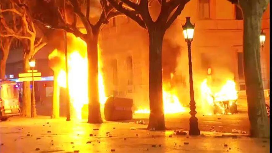Hasta 15 detenidos y 33 heridos en las protestas en apoyo a Hasél