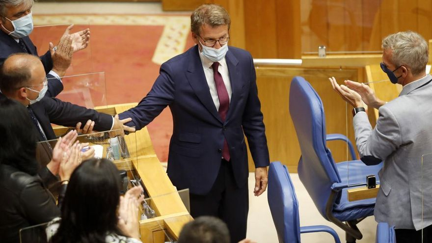 Feijóo, investido presidente  de la Xunta por cuarta vez
