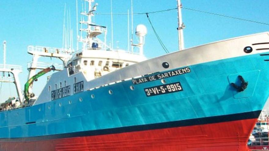 El COVID se cobra la vida en alta mar de un marinero de Cangas en Montevideo
