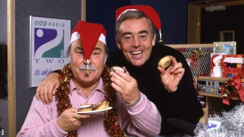 St John y Jimmy Greaves, su pareja televisiva y radiofónica.
