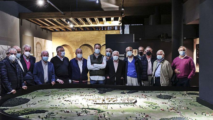 """Empiezan las visitas guiadas a """"Camino Primitivo. Oviedo"""""""