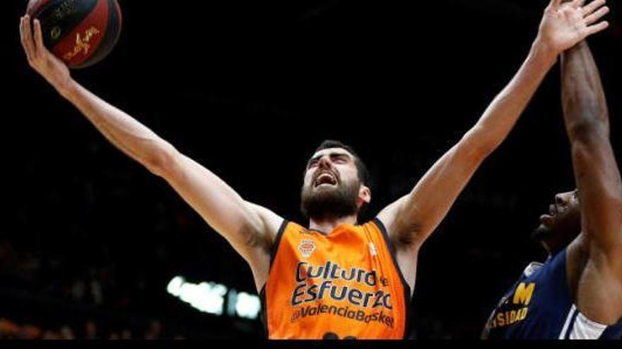 El Valencia Basket atropella a un 'guerrillero' Murcia