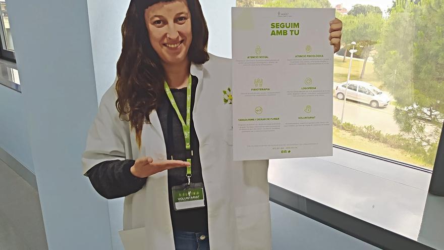 Nou tòtem informatiu de l'AECC-Catalunya contra el Càncer a l'Hospital de Figueres