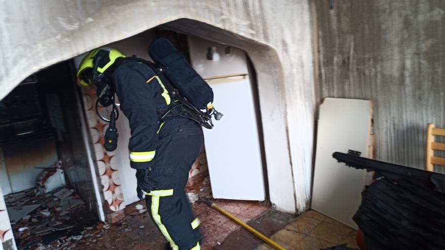 Sofocado un incendio en una vivienda de Agüimes