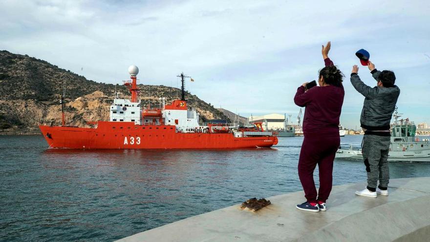El Hespérides inicia su vuelta a Cartagena tras el brote de covid