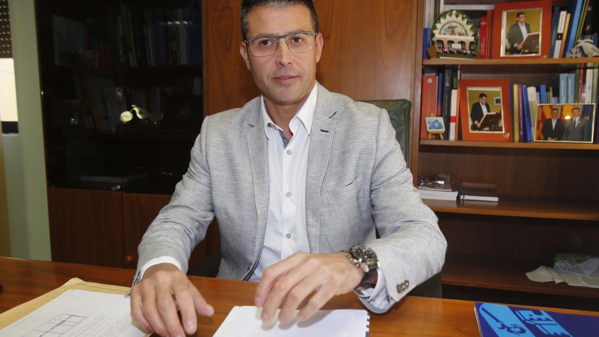 Toni González, alcalde de Almussafes.