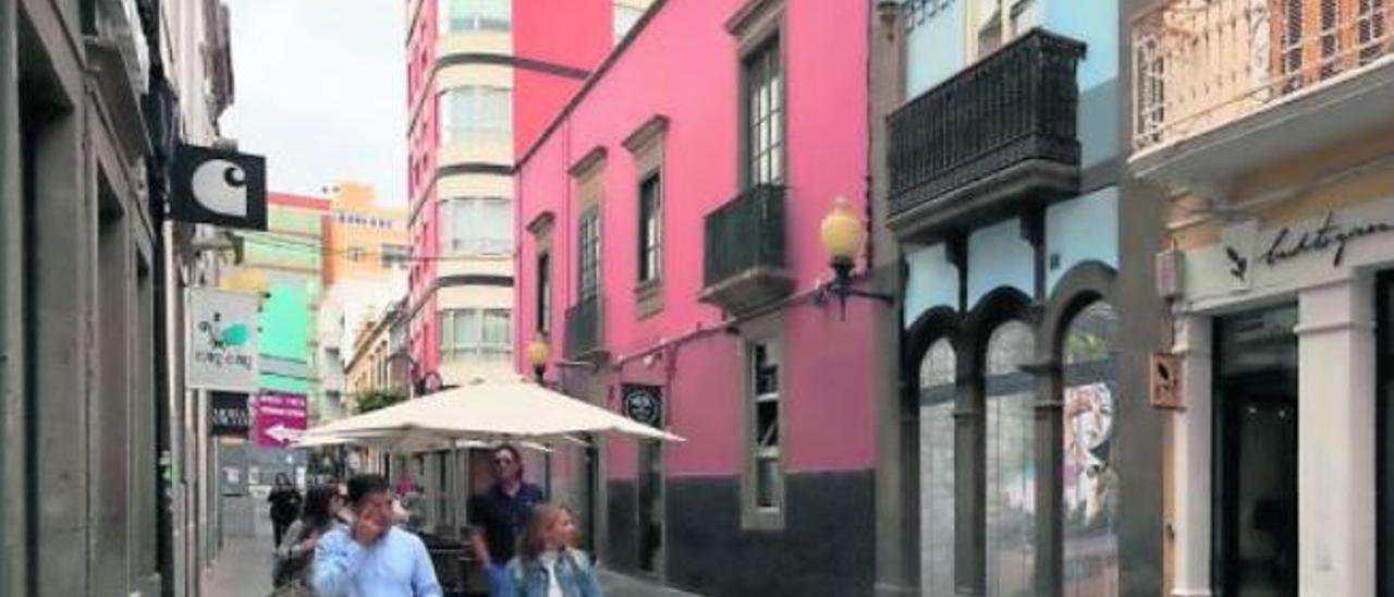 Un empresario vende un caserón en Cano para hacer un hotel emblemático