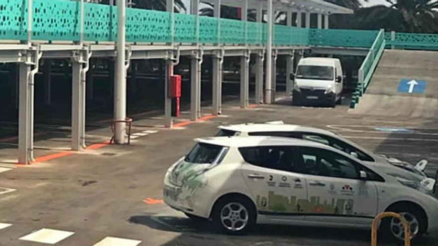 Servicios Públicos busca solares en Santa Cruz para la instalación de 'parking' en altura