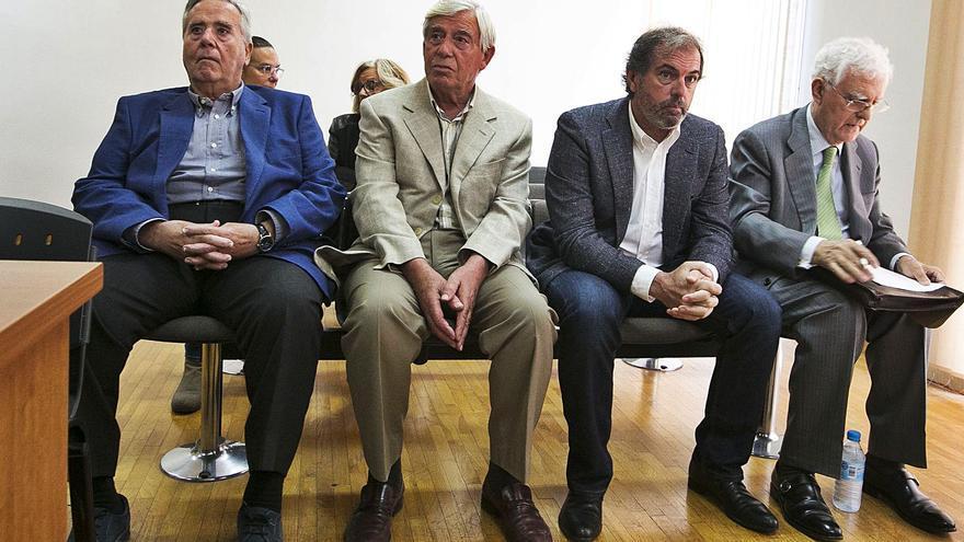 La Audiencia cuestiona la absolución de Alperi por fraude fiscal pero no anula el fallo