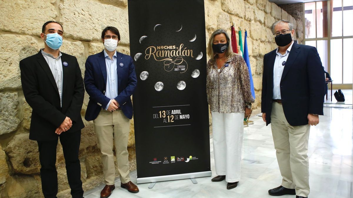 Asistentes a la presentación de 'Noches de Ramadán'.