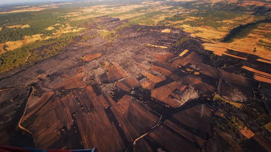 VÍDEO   El desolador paisaje que ha dejado el incendio en Lober de Aliste, Zamora