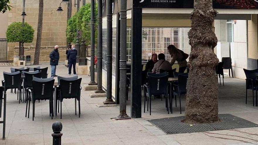 Bares y restaurantes de Crevillent ya pueden solicitar la ampliación de sus terrazas