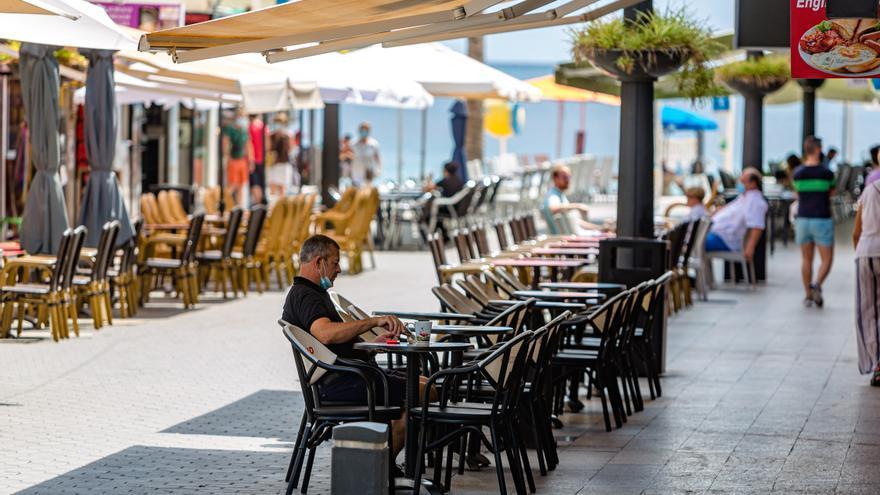 El sector turístico de Benidorm se resiente del regreso a las aulas