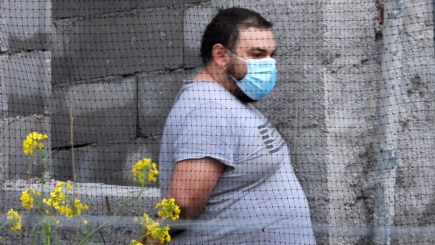 El juez envía a prisión al acusado de matar a puñaladas a la joven de Ourense y herir a su novio