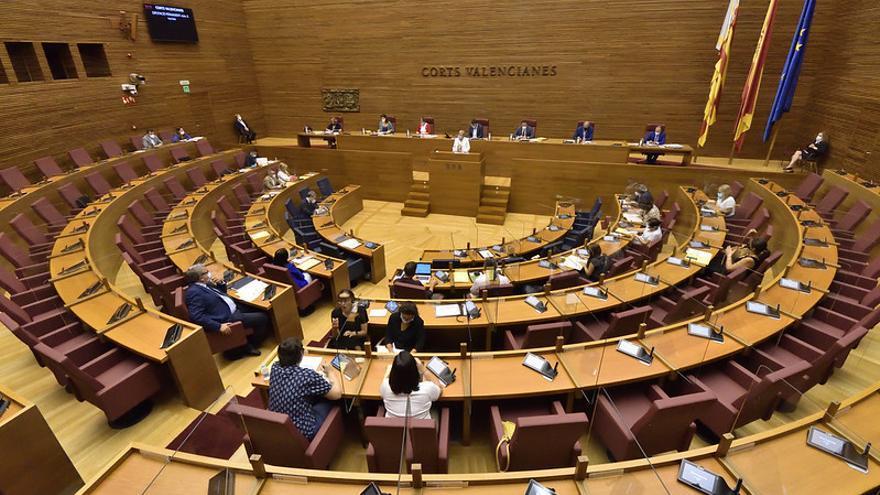Las nuevas restricciones de la covid enfrentan a la oposición con Barceló