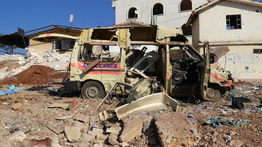 """Asad sigue lanzando barriles bomba pese a la nueva """"linea roja"""" de EEUU"""