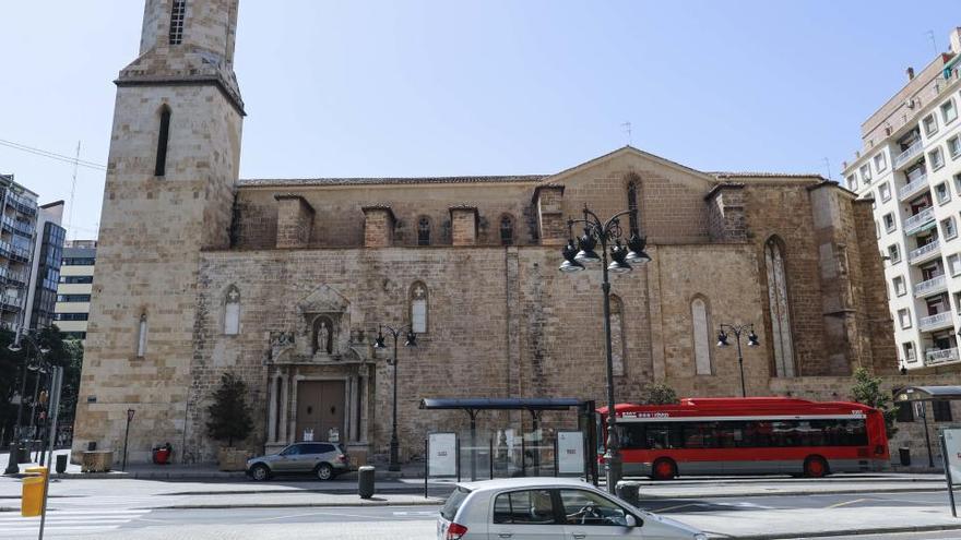"""La peatonalización de Sant Agustí pone fin al """"confinamiento"""" de la iglesia"""