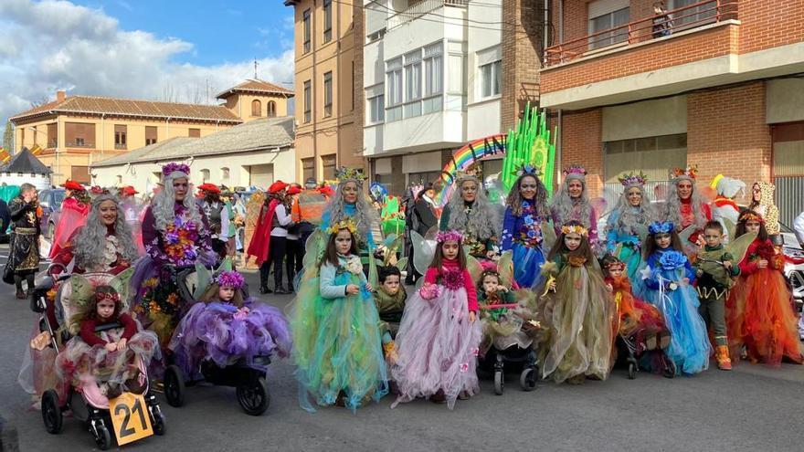 Carnaval a ritmo maragato en Benavente