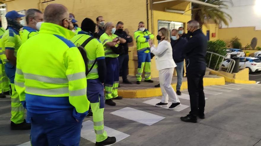 Los trabajadores de Limpieza vuelven al trabajo entre las críticas de la oposición