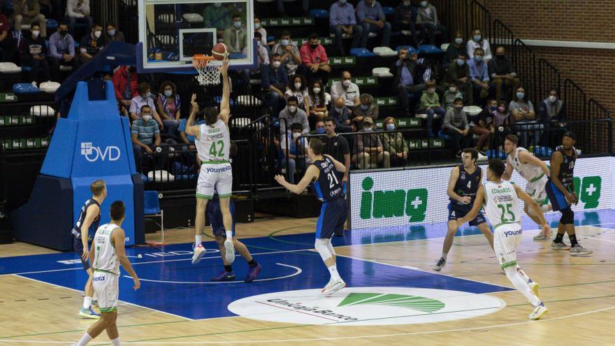 El TAU muestra su mejor versión y se marcha de Oviedo con una victoria de prestigio (70-85)