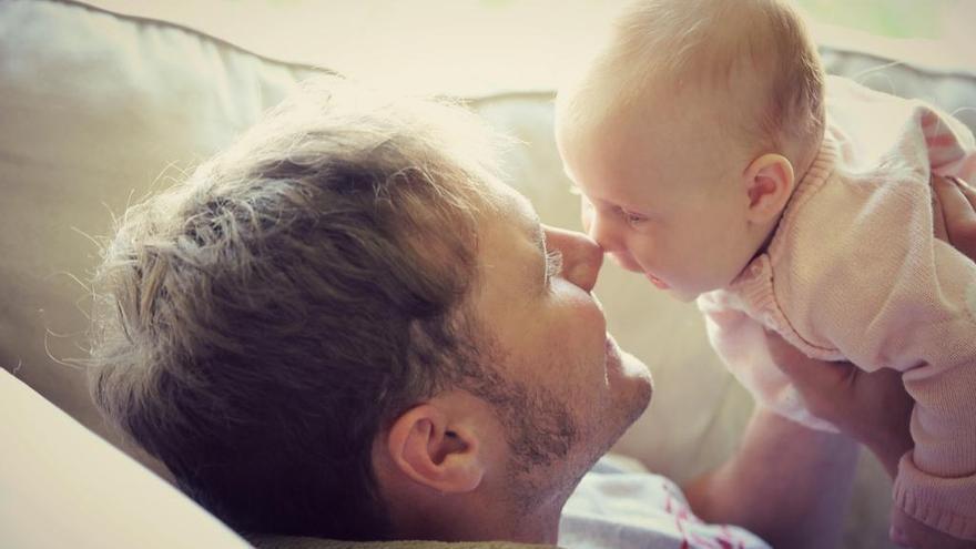 Los permisos de paternidad superan a los de maternidad en la Región