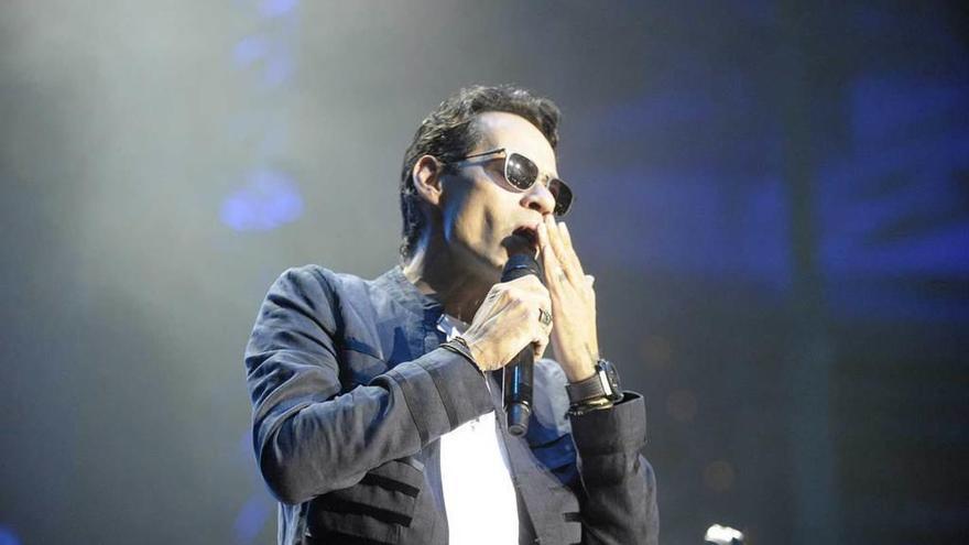 Marc Anthony aplaza su concierto en Oviedo y busca nueva fecha para actuar
