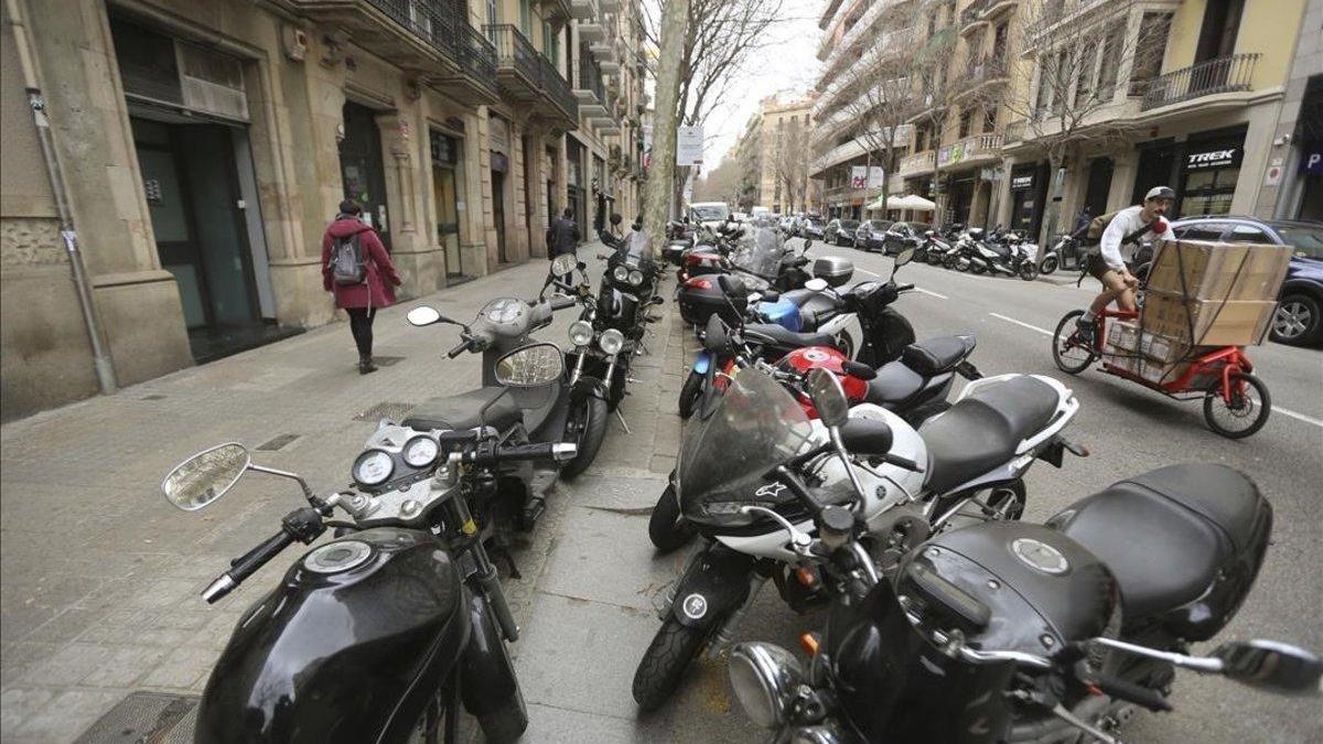 Las ventas de motos caen un 43,7% en mayo y ya acumulan una bajada del 36,8%