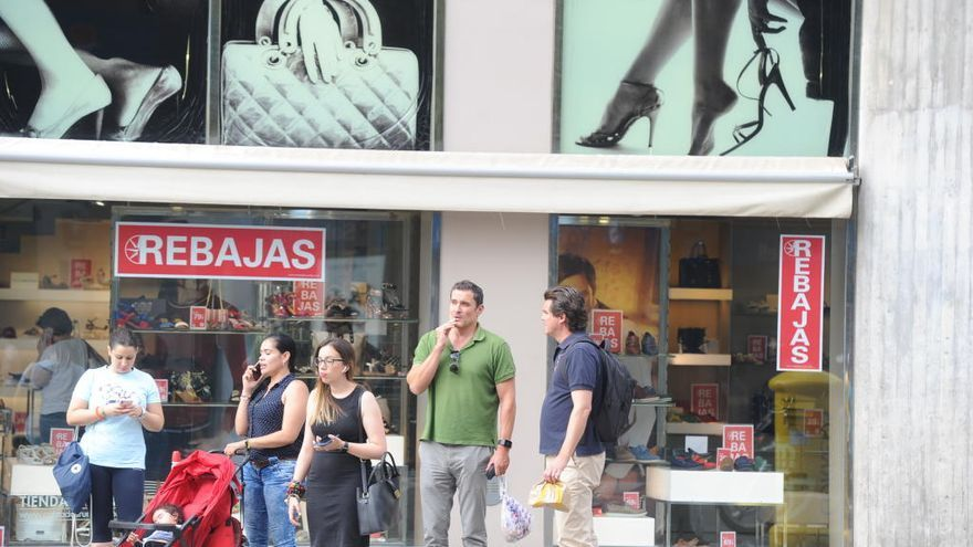 Rebajas de verano 2021 en Murcia | Las tiendas de la Región abren todo el fin de semana