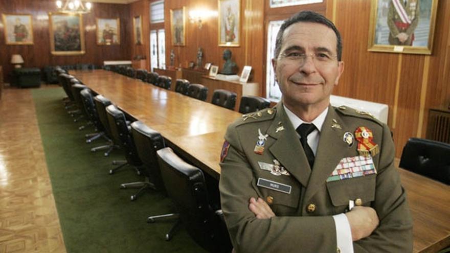 """""""Soldados de Leyenda"""", el libro que explica los entresijos de las misiones militares, mañana en el Club"""