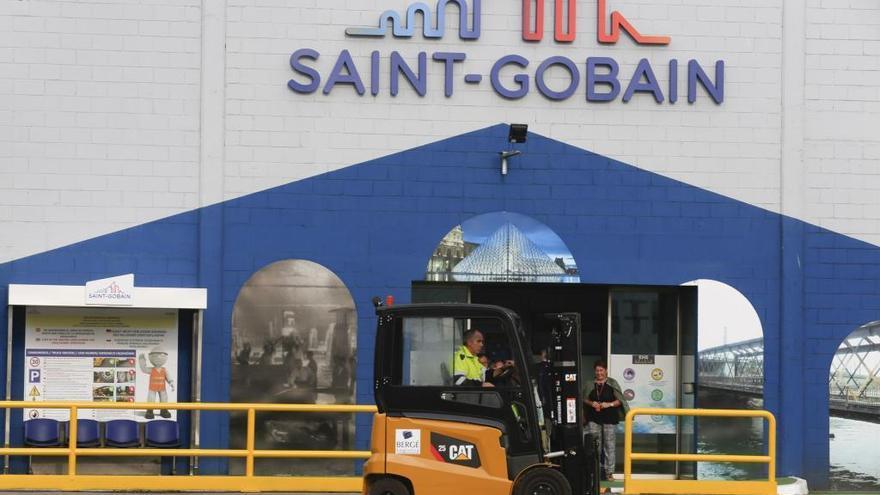 Saint-Gobain cierra su fábrica de Avilés, con 470 empleos, hasta que remita el COVID-19