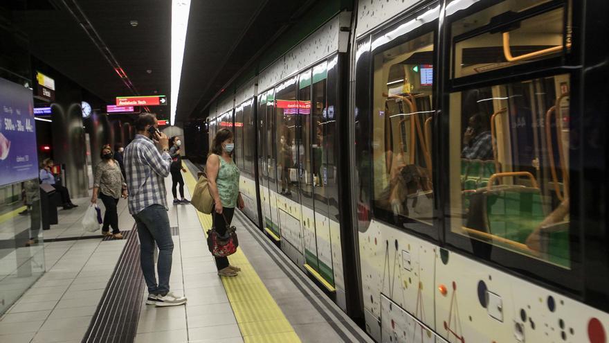 El metro de Málaga registra la primera subida de usuarios desde el inicio de la pandemia