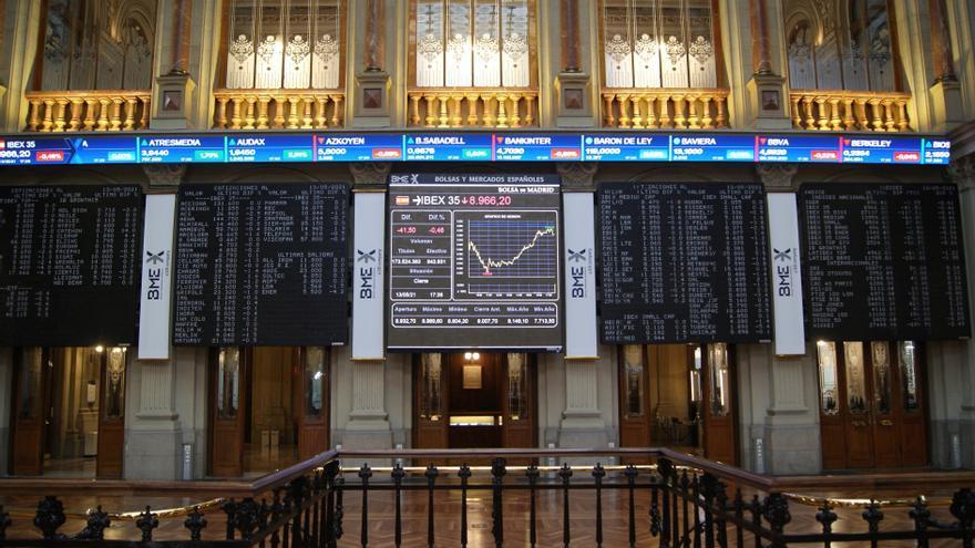 El Ibex 35 recupera los 9.100 puntos y cierra la semana con un alza del 0,9%