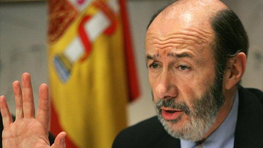 El PSOE retoma la campaña tras el parón por la muerte de Rubalcaba