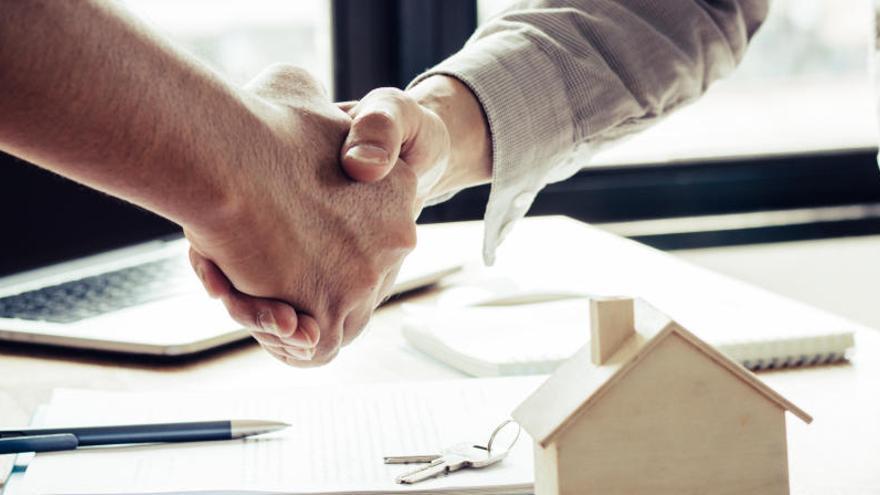 La firma de hipotecas se desplomó un 27,6% en mayo por la pandemia de Covid-19