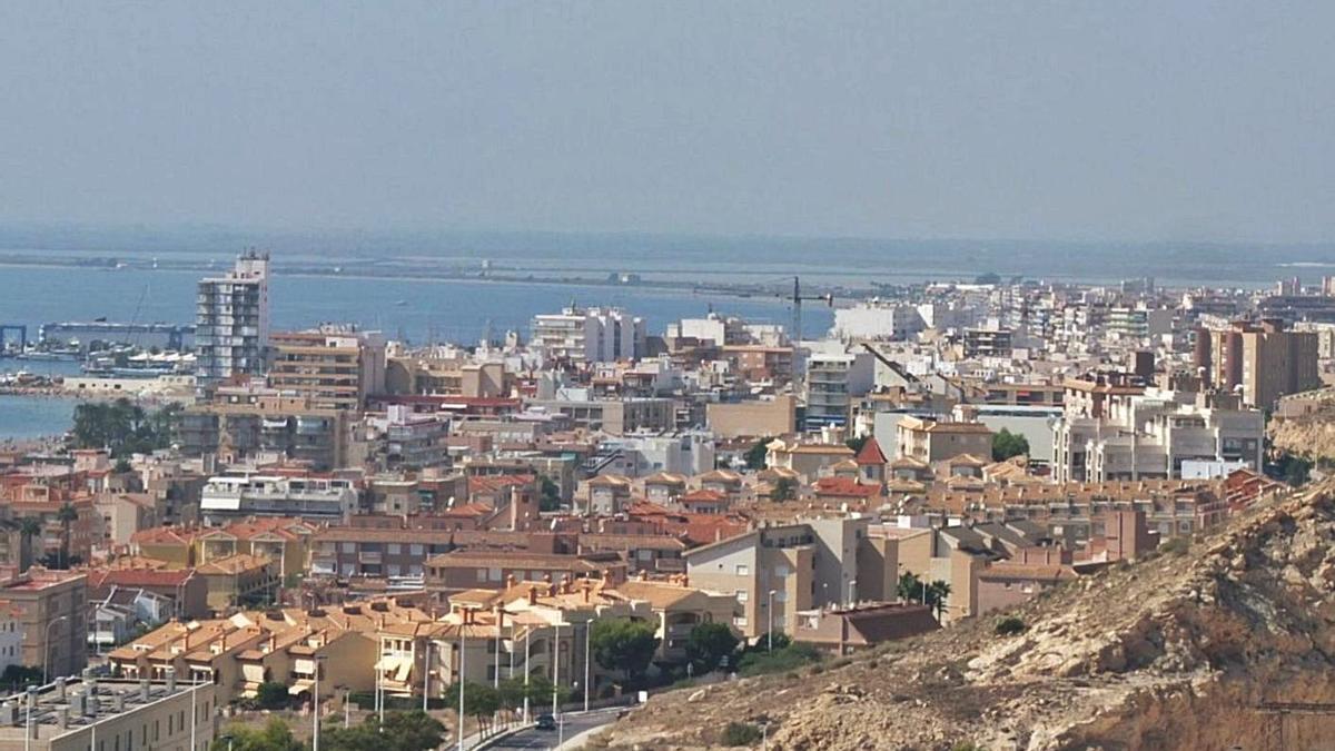 Vista aérea de Santa Pola desde la zona este, en imagen de archivo.