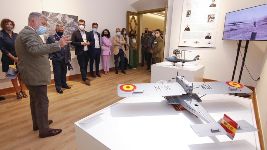 Exposición sobre la aviación militar en Los Golfines