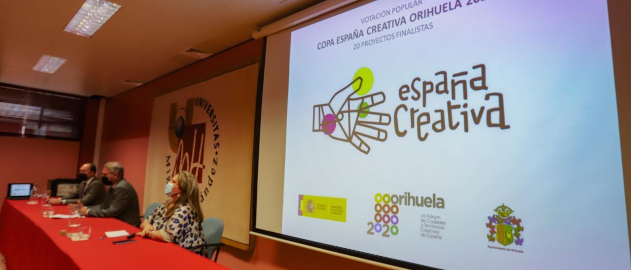 Presentación ganadores de la votación popular de la Copa España Creativa en Orihuela