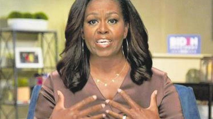 La ex primera dama norteamericana Michelle Obama, consejera amorosa en el último de sus programas