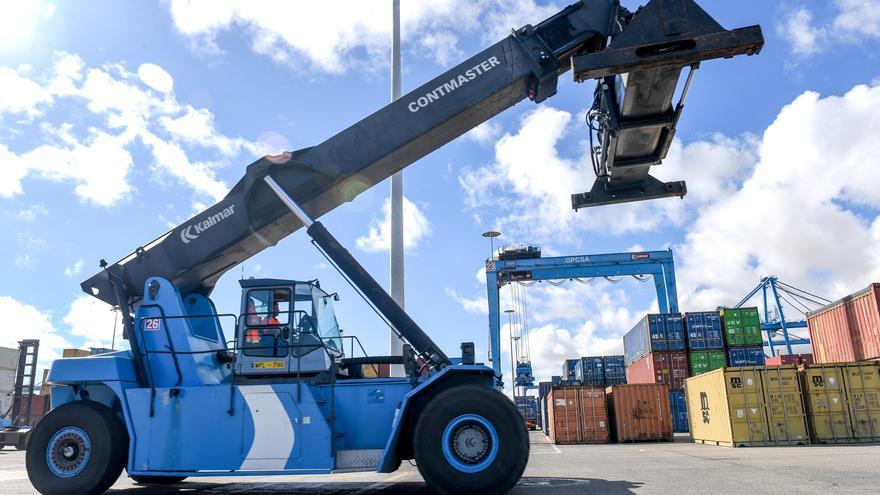 Los puertos y la logística como ejes vertebradores de la economía, a debate en Vegueta