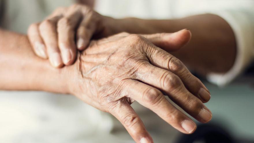 El Colegio de Fisioterapeutas recomienda pautas a los afectados de párkinson