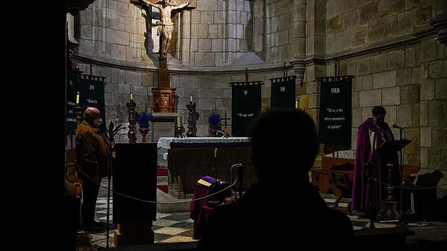 La Hermandad de las Siete Palabras celebra la meditación en Zamora