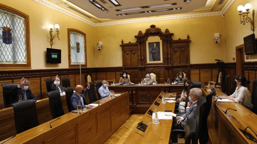 El Pleno de Gijón abre la puerta a crear una comisión de investigación sobre la ITV en Granda en el Parlamento asturiano