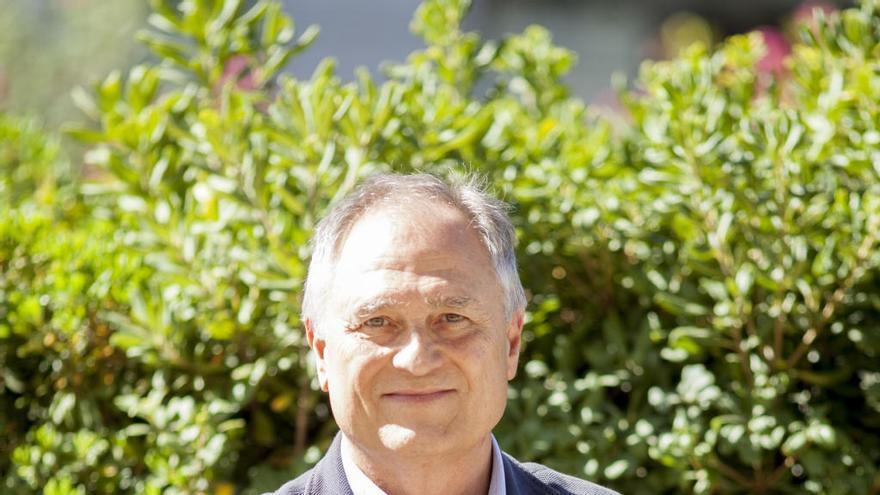 El alcalde de Llíria, Manuel Civera, ingresado en el hospital por coronavirus